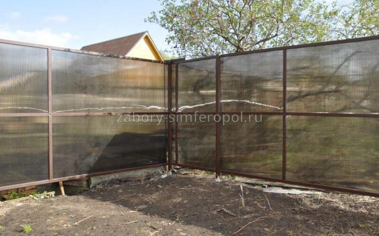 забор из поликарбоната в Симферополе