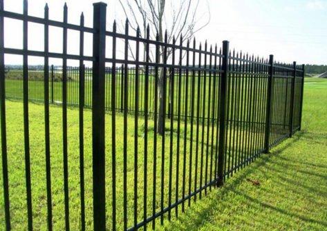 забор из профильной трубы в Симферополе
