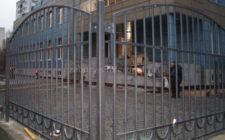 забор из профтрубы в Симферополе